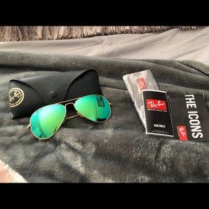 Rayban sunglasses 58mm polarized